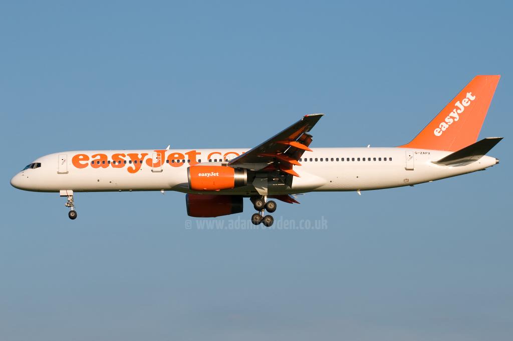 g zapx   easyjet opb titan airways boeing 757 256